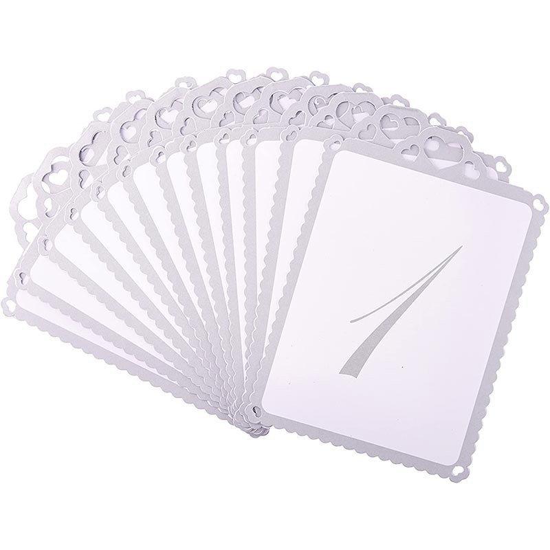 Numéros de table orné de coeurs de 1 à 12