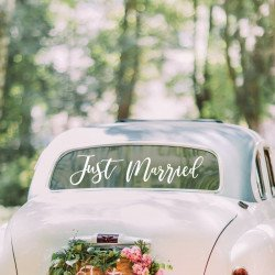 "Sticker voiture ""Just Married"""