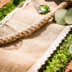 Chemin de table toile de jute & dentelle champêtre