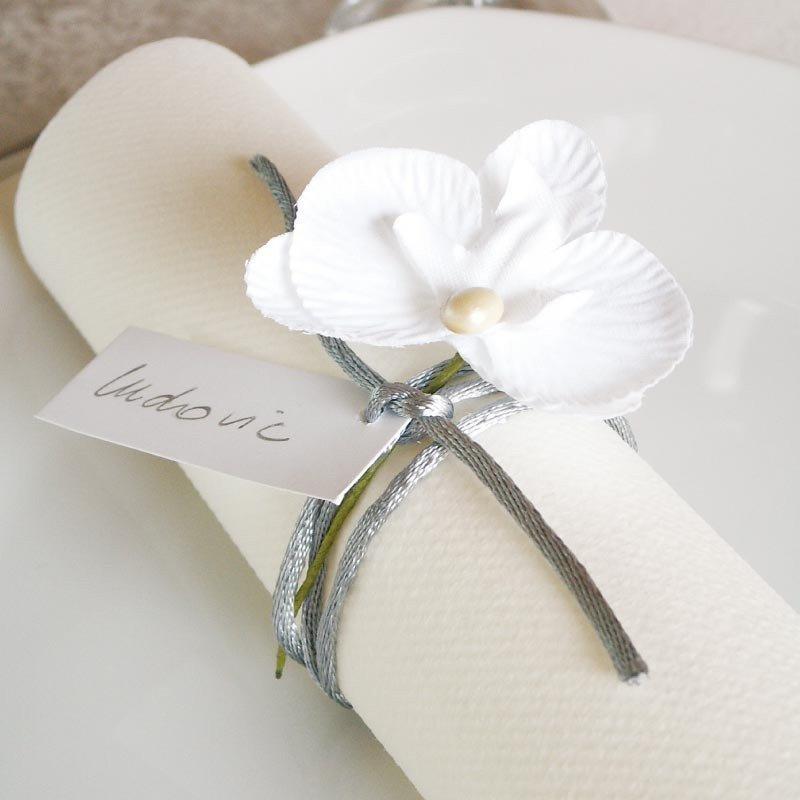 6 fleurs tissu avec tige