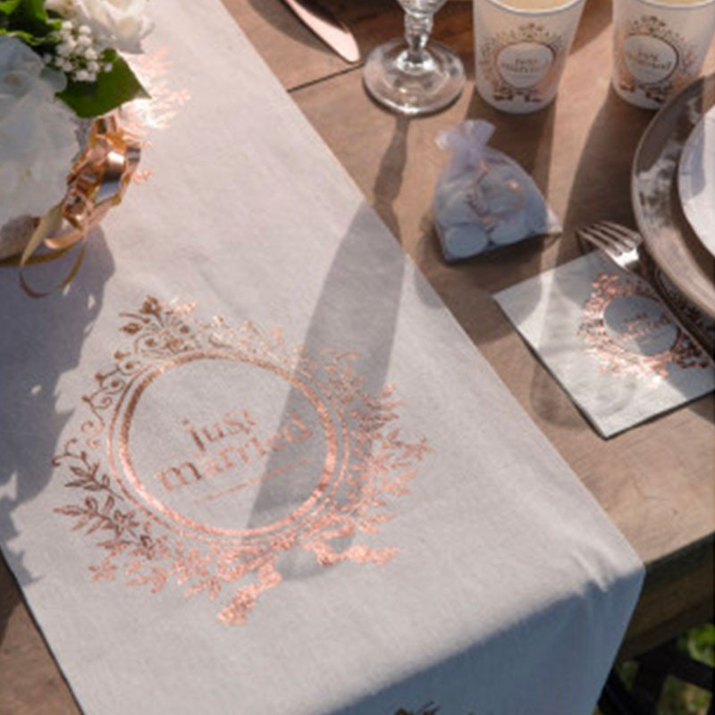 """Chemin de table """"just married"""""""