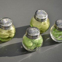 4 Petits pots rond en verre