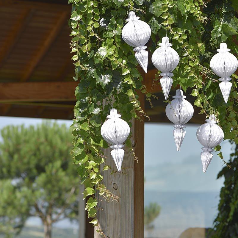 Pampille blanche décorative